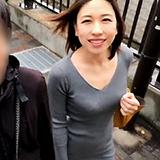 観光で民泊に来た中国人妻と♪